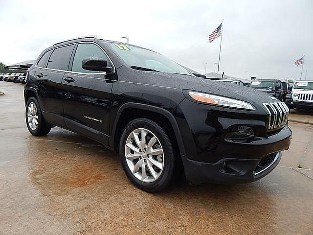 Pre-Owned 2017 Jeep Cherokee Limited | BOB HOWARD DODGE 405-936-8900 | LEATHER | ALLOYS | BLUETOOTH