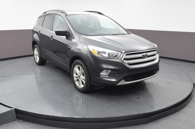 Pre-Owned 2018 Ford Escape SE 4WD SP Honda 918-491-0100