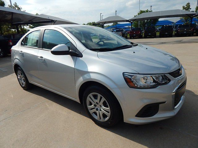 Pre-Owned 2017 Chevrolet Sonic LS***4 DOOR**GAS SAVER***