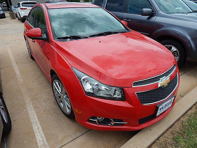 Pre-Owned 2014 Chevrolet Cruze Front Wheel Drive Sedan