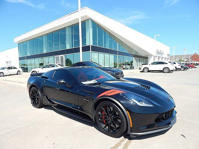 Pre-Owned 2018 Chevrolet Corvette