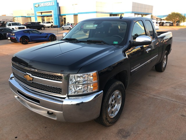 Pre-Owned 2013 Chevrolet SILVERADO 1500 | BOB HOWARD CHEVROLET 405-748-7700 | 4X4 | HARD TO FIND 1 OWNER CLEAN CARFAX PICK UP |
