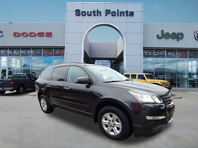 Pre-Owned 2016 Chevrolet Traverse LS | 3RD ROW | 1 OWNER | SOUTH POINTE CJD
