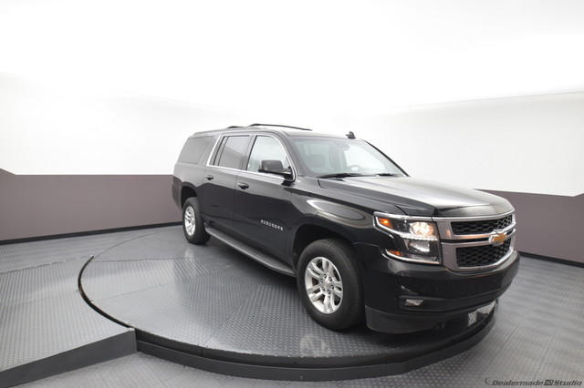 Pre-Owned 2018 Chevrolet Suburban LT***NAVIGATION***SUNROOF***REAR DVD***LUXURY PACKAGE***SP CHEVY 918-481-8000