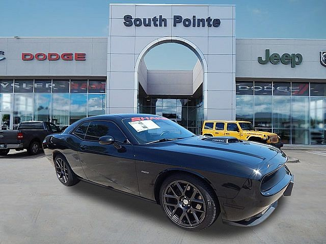 Pre-Owned 2016 Dodge Challenger R/T Plus Shaker | LEATHER | HEMI | BACKUP CAMERA | SOUTH POINTE CJD