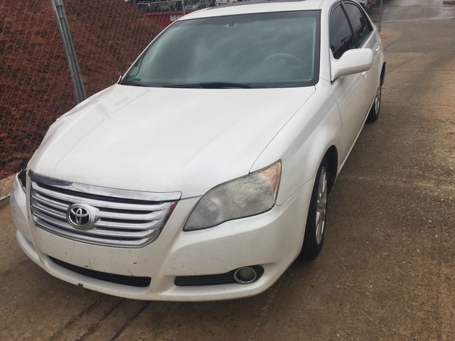 Pre-Owned 2009 Toyota Avalon XLS