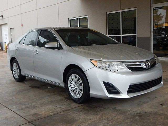 Pre-Owned 2013 Toyota Camry SE | ONLY AT BOB HOWARD ACURA CALL TODAY AT 405-753-8770!|