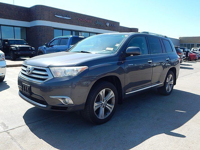 Pre-Owned 2013 Toyota Highlander Limited | BOB HOWARD DODGE 405-936-8900