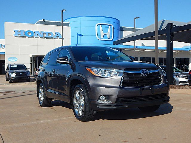 Pre-Owned 2016 Toyota Highlander Limited | Bob Howard Honda! | 405-753-8700