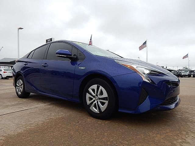 Pre-Owned 2017 Toyota Prius Three | BOB HOWARD DODGE 405-936-8900 | GAS SAVER | HYBRID
