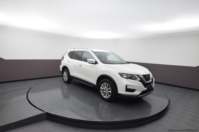 Pre-Owned 2018 Nissan Rogue SV***AWD***BLIND SPOT MONITORING***HEATED SEATS***SP CHEVY 918-481-8000