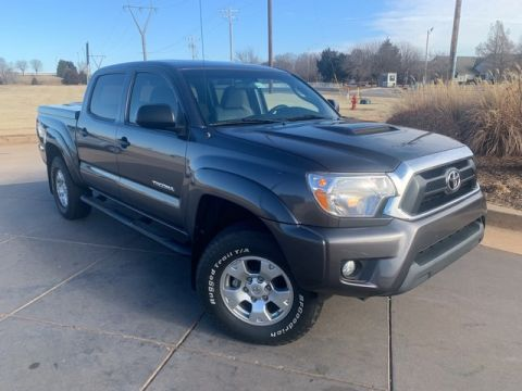 Pre-Owned 2015 Toyota Tacoma ***4WD**LOW LOW MILES*CALL BH TOYOTA*405-936-8600***