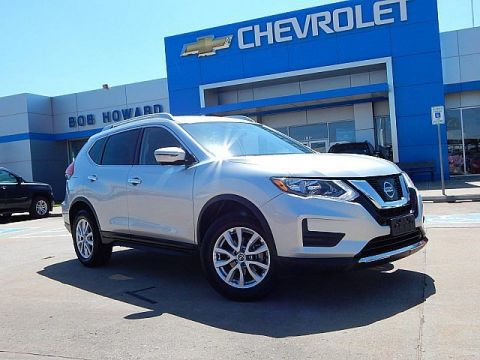 Pre-Owned 2017 Nissan ROGUE | BOB HOWARD CHEVROLET 405-748-7700 | SURROUND CAMERA | BOSE | PREMIUM WHEELS | GREAT MPGS | NAVIGATION | GREAT MPGS!!! |